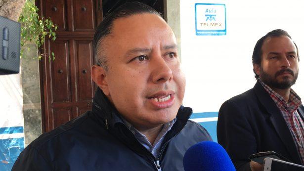 Reclama alcalde su derecho a reelección