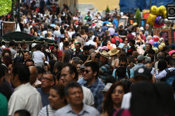 Beneficia a la ciudad llegada masiva de turistas