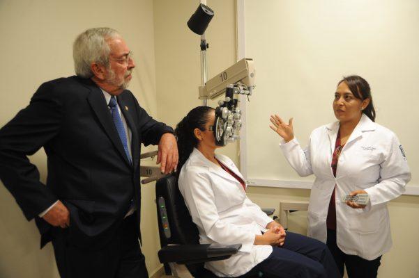 Ponen en marcha Unidad de Diagnóstico Visual