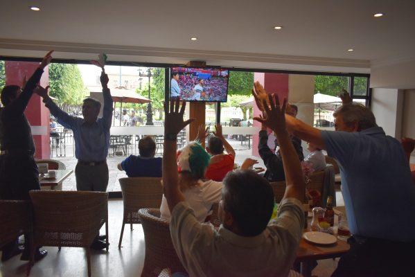 Triunfo de México emociona a leoneses