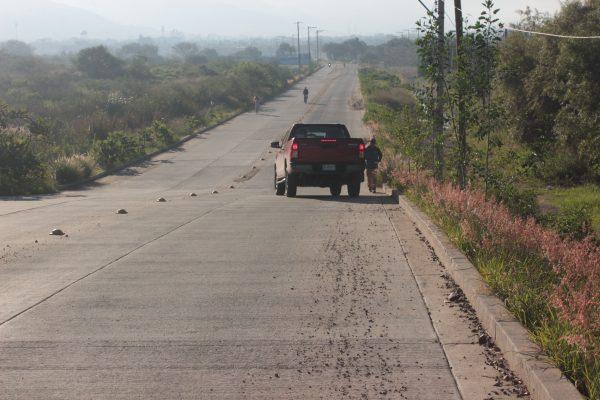 A expensas de camiones de carga y automovilistas