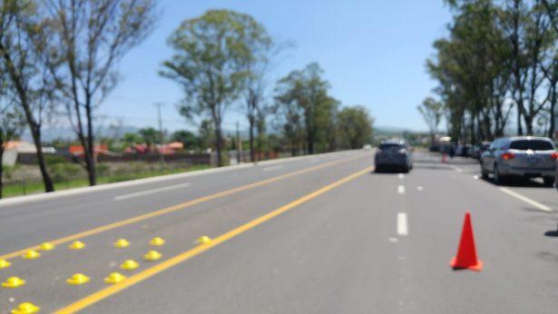 Gobernador entrega ampliación de la carretera a la comunidad de Comanjilla