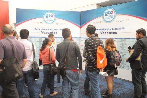 Ofertan más dos mil vacantes en la Feria del Empleo León 2018