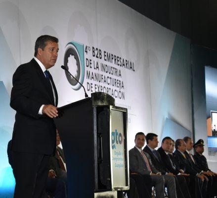Muestra Gobernador crecimiento ante industriales del país