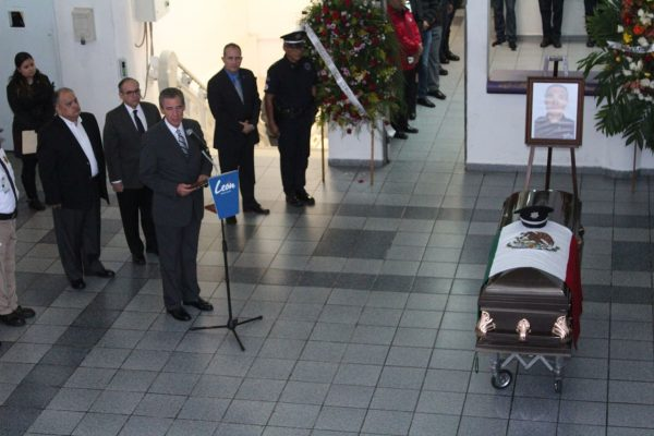 Alcalde lamenta asesinato de Comandante de León