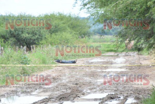 Localizan cuerpo de un hombre en camino de terracería
