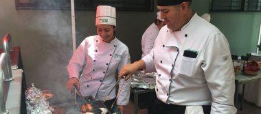 Presentan proyectos finales de Gastronomía
