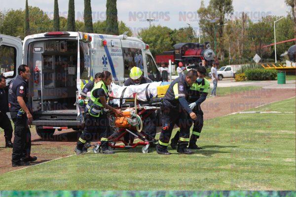 Trasladan a Salamanca a joven que resultó quemado con una vara de pirotecnia