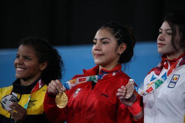 La vida le sigue sonriendo a la halterista leonesa Yesica Yadira Hernández