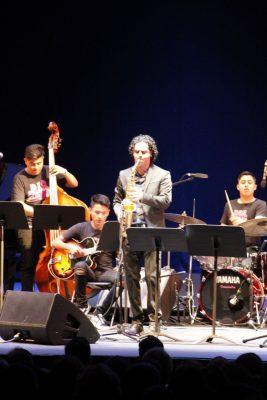 El grupo Pavel Loaria Bug Band cautiva con su música de Jazz