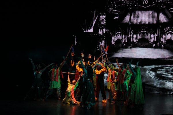 Abre FIC con el gran mundo del Bollywood y una historia de amor