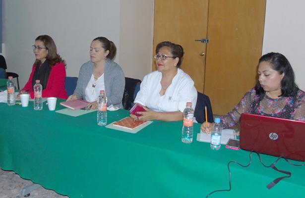 Apoyan trabajo de Tlaxcala en partería profesional
