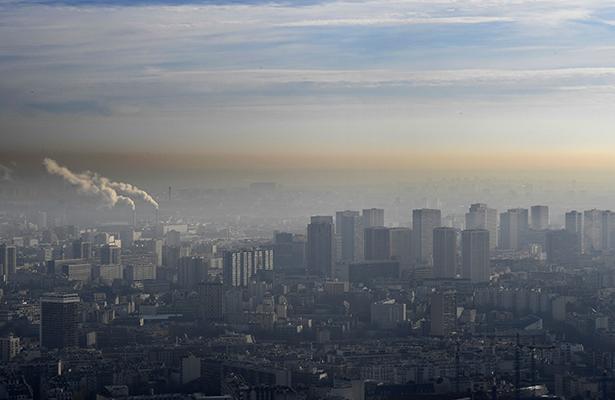 """Francia implementa su """"Hoy no circula"""" por la alta contaminación"""