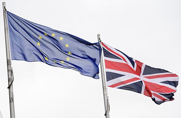 Cámaras de Comercio alertan que el Brexit afectará a la economía en 2017