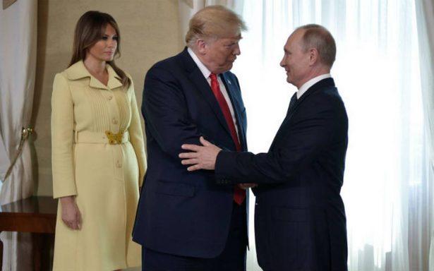 """Trump se reúne a puerta cerrada con Putin, """"fue un buen comienzo"""", dice"""