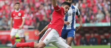 Raúl Jiménez y Benfica recuperan primer lugar de liga portuguesa