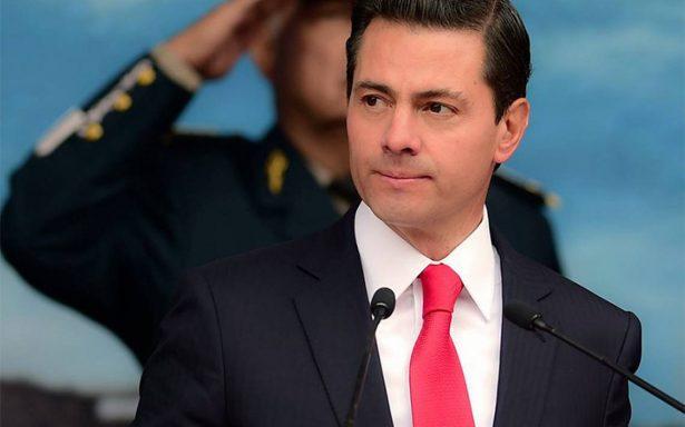 Peña Nieto encabeza Día de la Fuerza Aérea Mexicana
