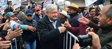 """AMLO da la bienvenida a Gabriela Cuevas y Cuauhtémoc Blanco a Morena; tacha al Frente de """"oportunista y corrupto"""""""
