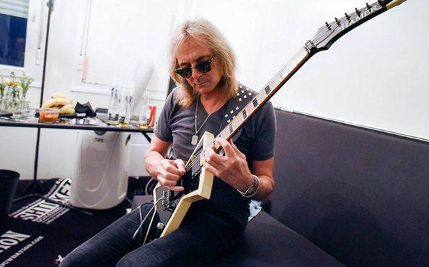 Glenn Tipton, guitarrista de Judas Priest, imposibilitado por el parkinson: no participará en nueva gira
