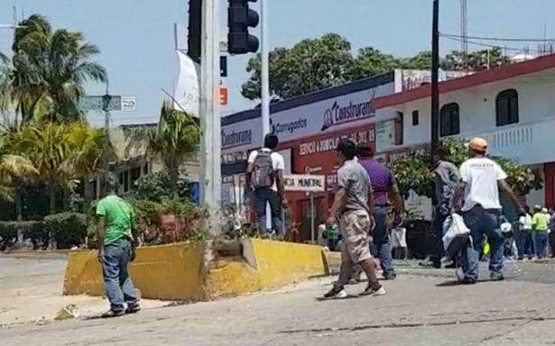 CNTE agrede a simpatizantes de Meade en mitin de Oaxaca