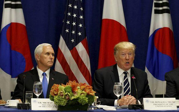 Mientras Pence elogia a hispanos, Trump condiciona su muro por solución al DACA