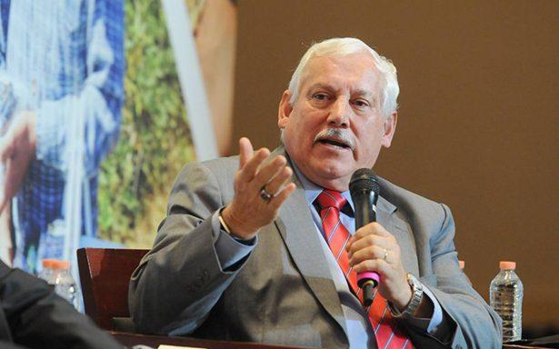 El campo quedará libre de corrupción, dice Víctor Villalobos