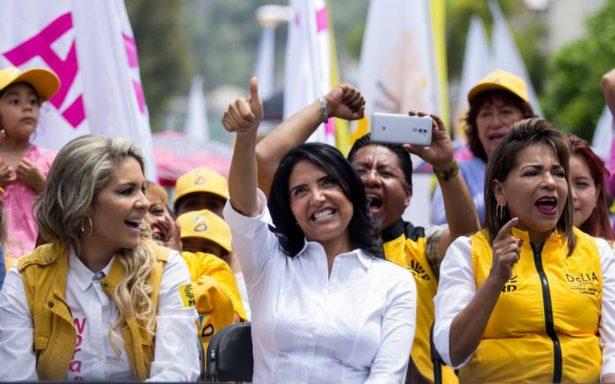 Barrales cierra campaña en el Ángel de la Independencia acompañada de Anaya