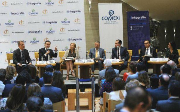 Amnistía de AMLO genera polémica en debate de coordinares de campaña