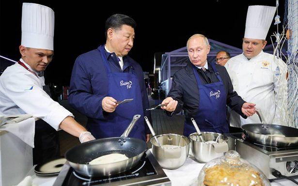 Vladimir Putin y Xi Jinping listos para Master Chef