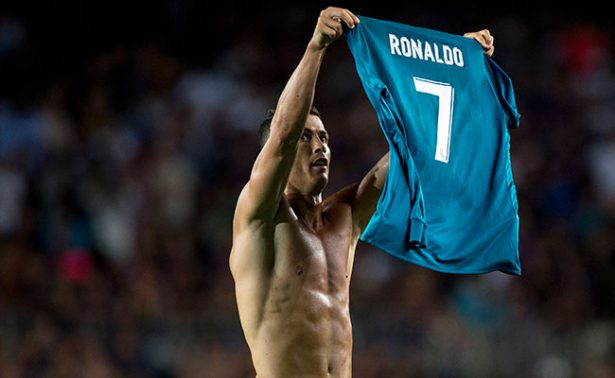 [Video] Así arremetió Cristiano Ronaldo contra árbitro en el Camp Nou