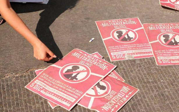 Manifestantes bloquean el Senado, en rechazo a la Ley de Seguridad Interior