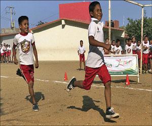 Muestran su velocidad alumnos de la Escuela Niños Héroes