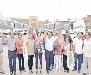 Entrega Administración Municipal 10 Camiones Recolectores de Basura al Departamento de Aseo Urbano