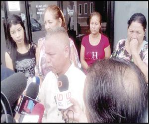 """Se manifiestan ante la Fiscalía por Dayana, menor """"levantada"""" en San Pedro"""