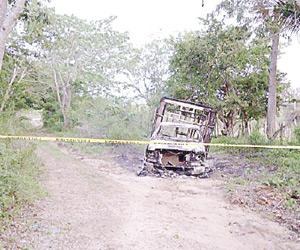 Lo Matan e Incendian su Camioneta