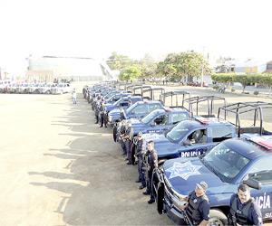 """Operan en Mazatlán 2,000 policías por el Operativo un """"Verano Seguro"""""""