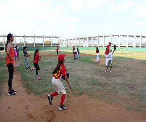 Alistan sus arreos escuadras mazatlecas de softbol