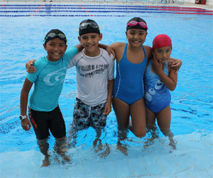 Culminan exitosos cursos de natación