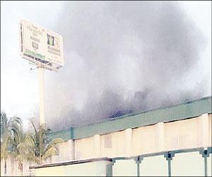 Reportan pequeño incendio en fábrica de tostadas