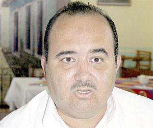 No se puede tener en Mazatlán un gobierno de ocurrencias: Guillermo Romero