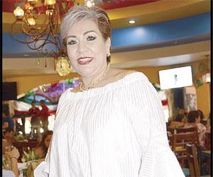Felicitan en su día a Lupita Enciso