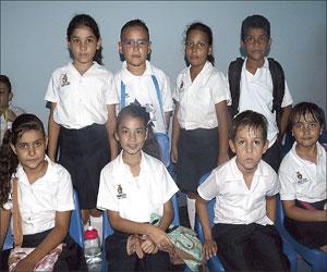 Asisten a conferencia pequeños de la Escuela Primaria Jesús García Corona