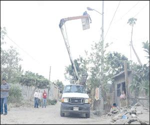 Robo de cable y lámparas obsoletas, causa principal de fallas en Alumbrado Público