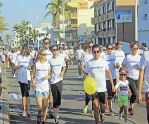 Miles se pintan de colores; se desarrolla Carrera Píntate 5K TV Azteca Mazatlán