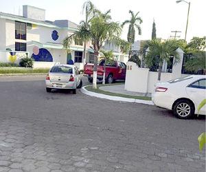 """Denuncian vecinos supuesto """"centro de hospedaje"""" Clandestino"""