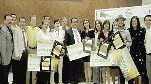 Cinco jóvenes del puerto, reciben el Premio al Mérito de la Juventud Mazatleca