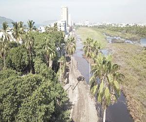 Avenida Bahía sigue