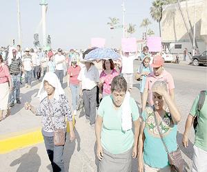 Marchan para exigir den marcha atrás a Reglamento aprobado