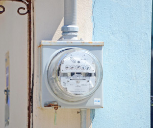 Altos Costos de Electricidad preocupan a Empresarios