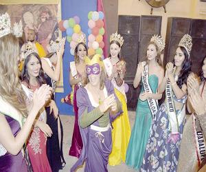 Viven la magia del Carnaval en el Baile de Fantasía